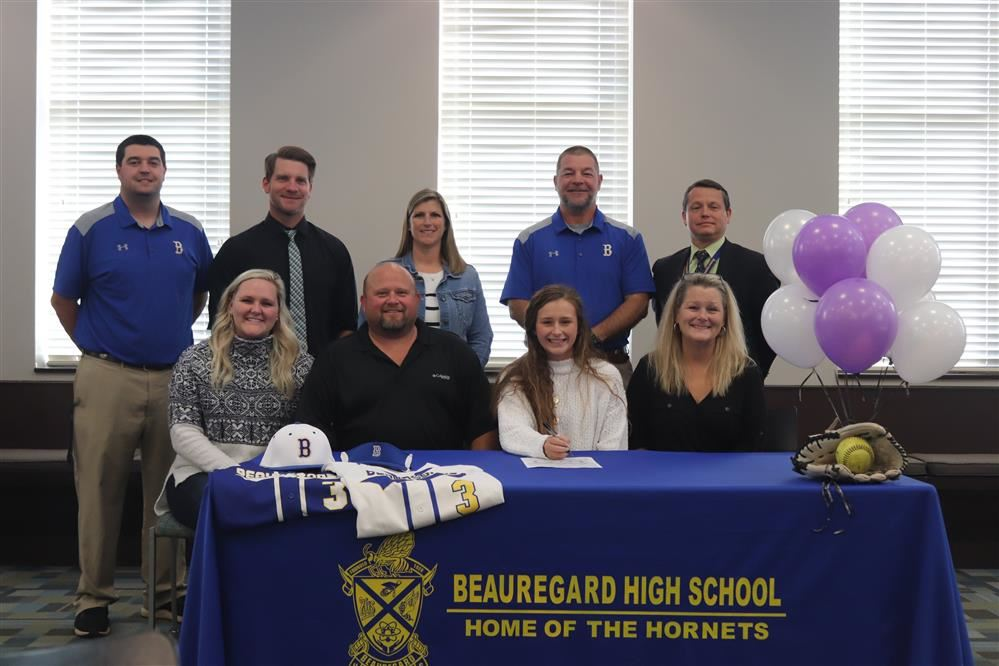 Kenzie Farr Signs Softball Scholarship with Middle Georgia State University